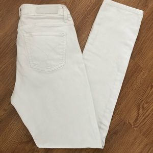 Calvin Klein Women's Ultimate Skinny Jeans